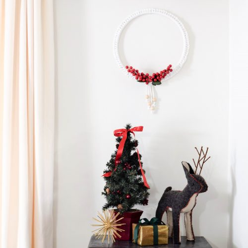 Holiday rope wreath